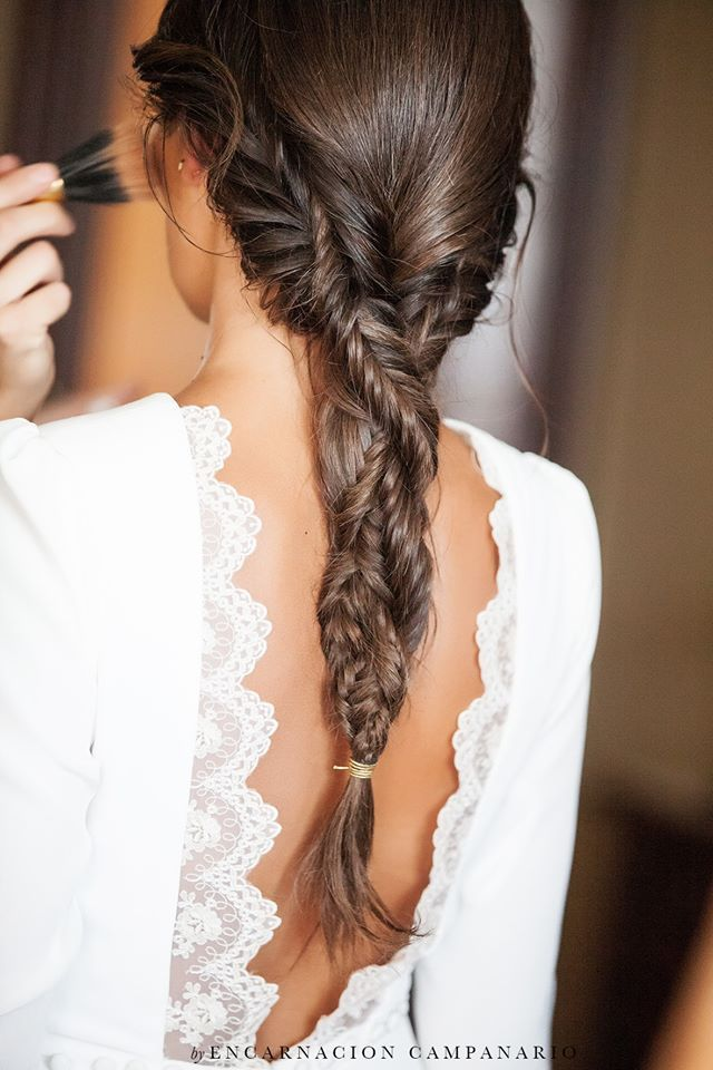 Choose your wedding hairstyle