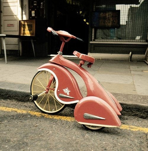 Love the radical retro look of this tricycle...would I look funny riding around the neighboorhood on it?