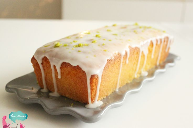 Een simpel maar ontzettend smaakvol voor een heerlijke cake met limoen en kokos. Een cake bakken is niet moeilijk, maar deze variant heeft dat beetje extra.