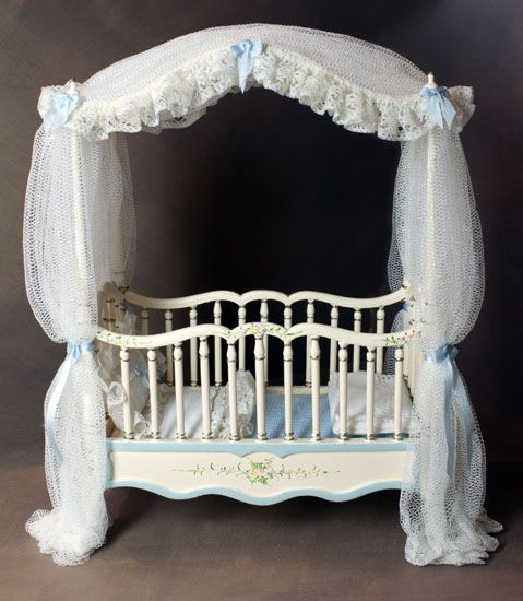 miniature crib