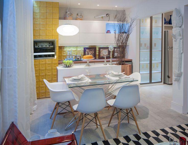 Casa Cor Alagoas - 2014: Varanda Gourmet e Cozinha do Jovem Casal, projeto de Priscilla Rocha e Cléo Farias.