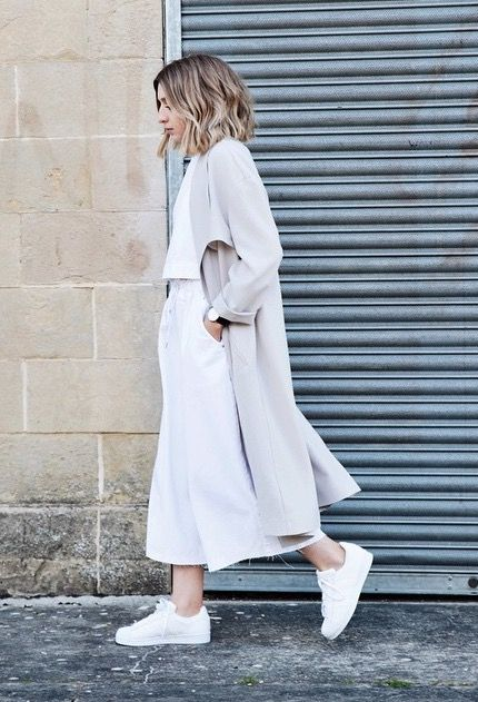 Culottes and oversized coat