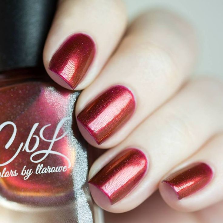 Colors by llarowe Her Red Hair (holo) (Nailland Exclusive) 90kr