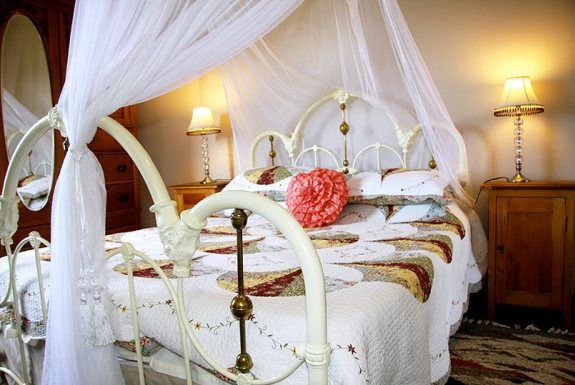 Honeymoon room at Stampriet Historical guesthouse  Namibia