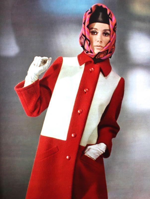 Yves saint laurent 60s dress style