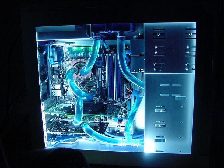 THe coolest computer Setup EVER!! | Re: Coolest PC mod ever.