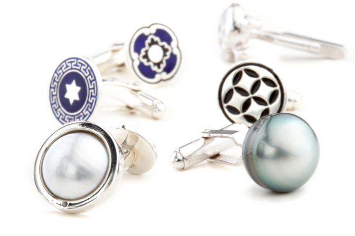 Cool cufflinks anyway you want them - pearls, diamonds, enamel, letters - a great gift idea for Fathers Day..... #rohanjewellery #rohanmilne #leederville #handcraftedjewellery enquiries@rohanjewellery.com