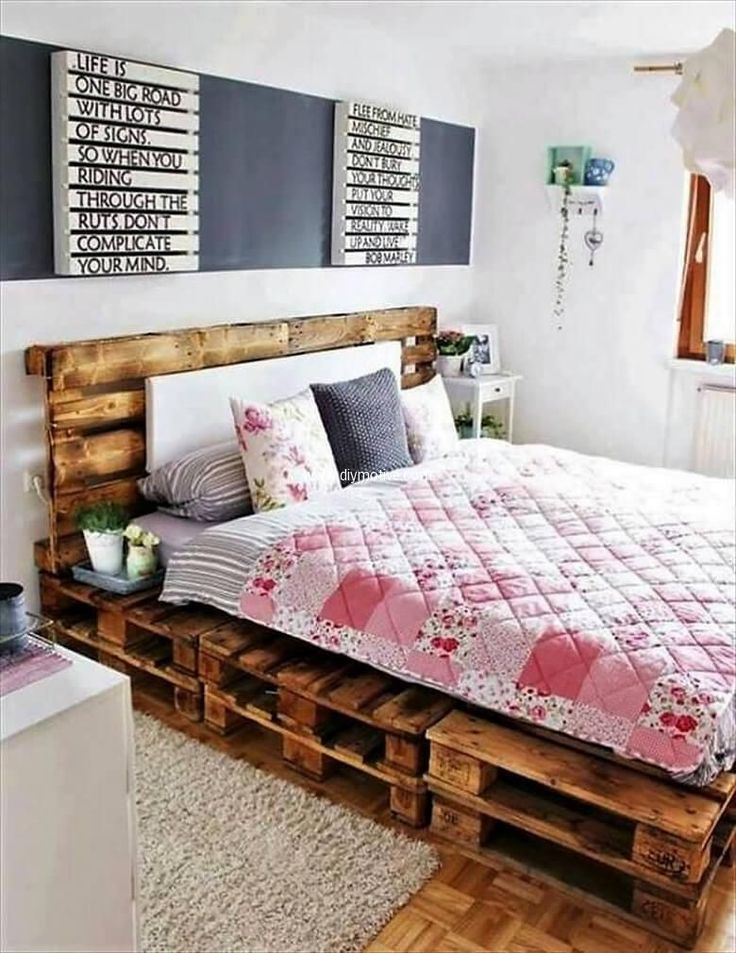 You would not have thought of taking pallet wood into your bedroom. But, believe us, it can do wonders there, instead of those ordinary and usual bed sets. Build your own customized pallet wood bed and give your bedroom a nice an warm touch of style. Use smaller pallets to paint your favorite quote or can also use it as a photo frame.