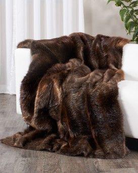 $1800   Full Pelt Beaver Fur Blanket / Fur Throw