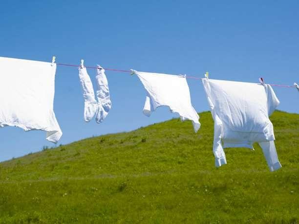 Φτιάξτε εύκολα το δικό σας λευκαντικό ρούχων via @enalaktikidrasi