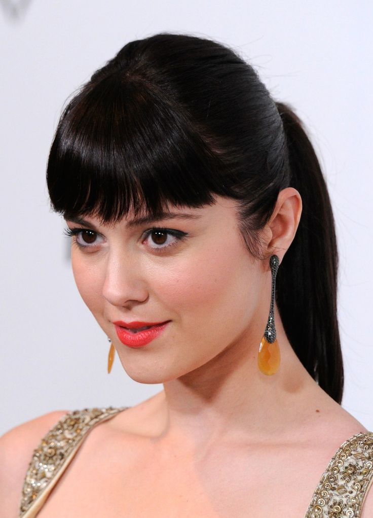 christmas hair styles 17 best images about elizabeth winstead on 2428 | b7e7c2428c80a3aa1a68b623245703e4