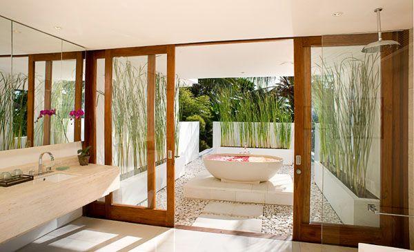 outdoor bathroom http://www.villaexperts.com/images/bali/villas/beach%2520house/The%2520Beach%2520House%2520-%2520Fourth%2520bathroom.jpg