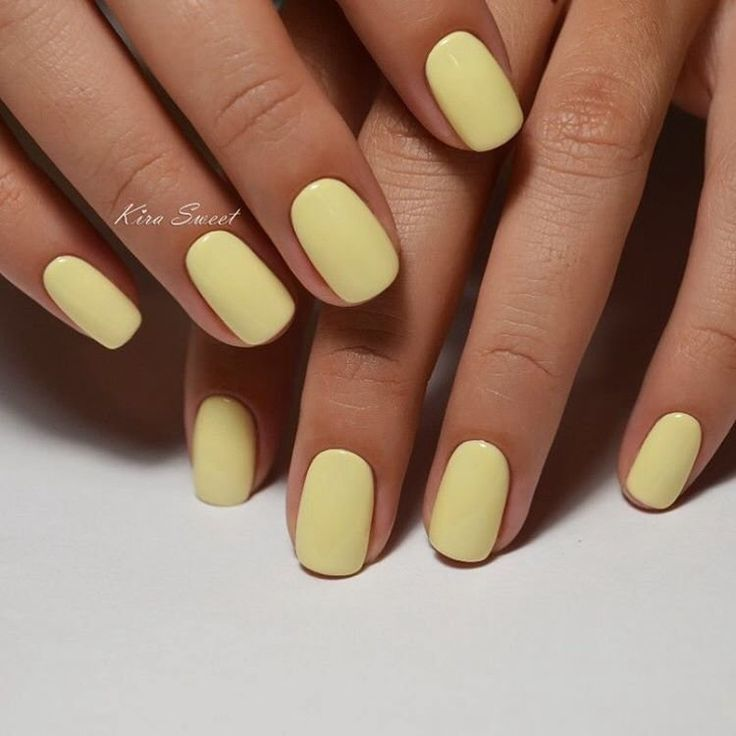 pastel mani #nagels #geel #manicure #pastelnagels