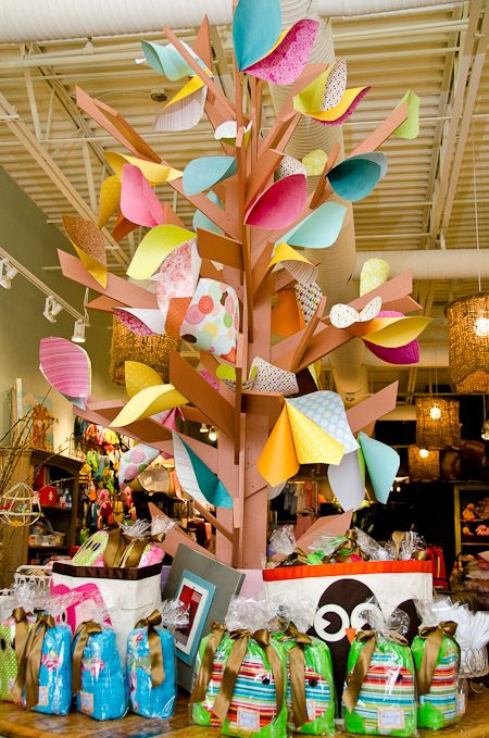 Store display at Itty Bitty Bella in Collierville, TN.....so cute for a playroom!