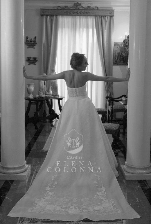 Moda sposa 2016. L'abito da sposa diventa trasformabile. L'interpretazione di L'Atelier Elena Colonna.