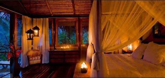 romantic cabin interior | honeymoon cabin | Pinterest ...