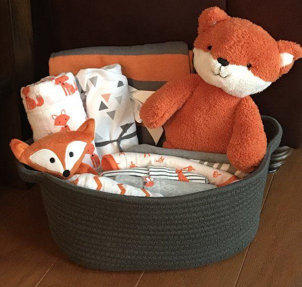 Best 25 Gift For Girlfriend Ideas On Pinterest: Best 25+ Baby Gift Baskets Ideas On Pinterest