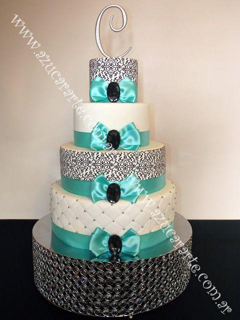 Elegante Torta En 4 Pisos Con Mo 241 Os En Raso Y Terminaci 243 N