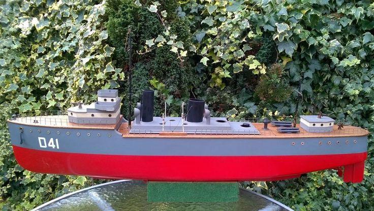 Bassett Lowke 1918 steam boat ship  destroyer HMS Walpole bing