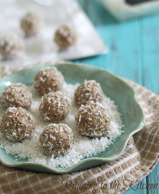 Coconut Nut Balls {paleo} from Running to the Kitchen.