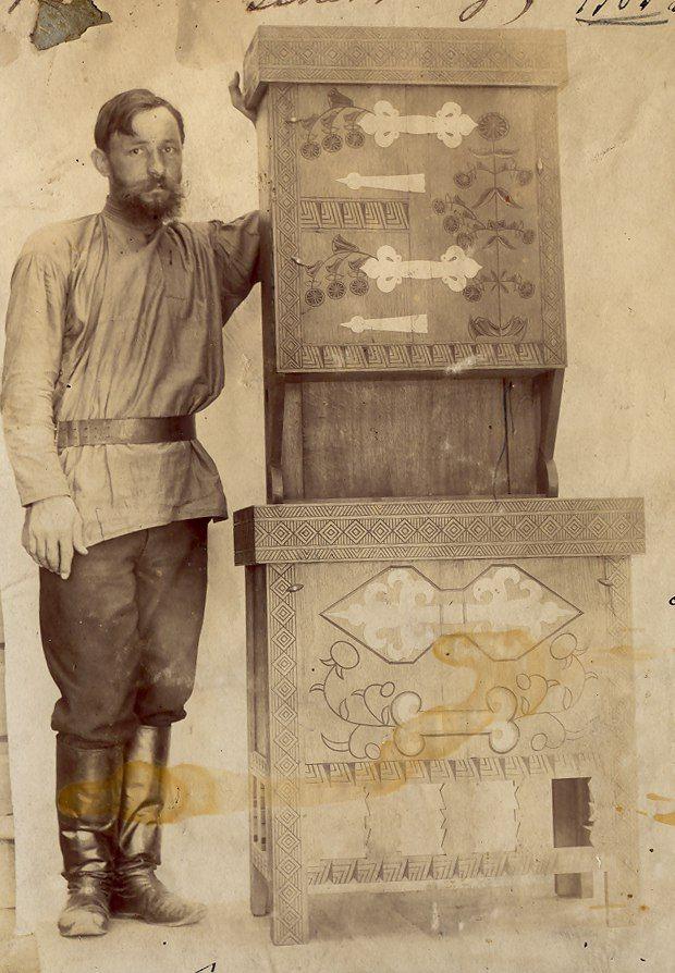 столяры. Абрамцево, мастерские Тенишевой, нач.  Abramtsevo, Tenisheva carpenter workshop.