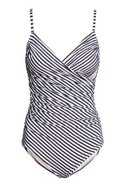 You've never seen stripes flatter like they do thanks to the sculptural shape of this H&M style.