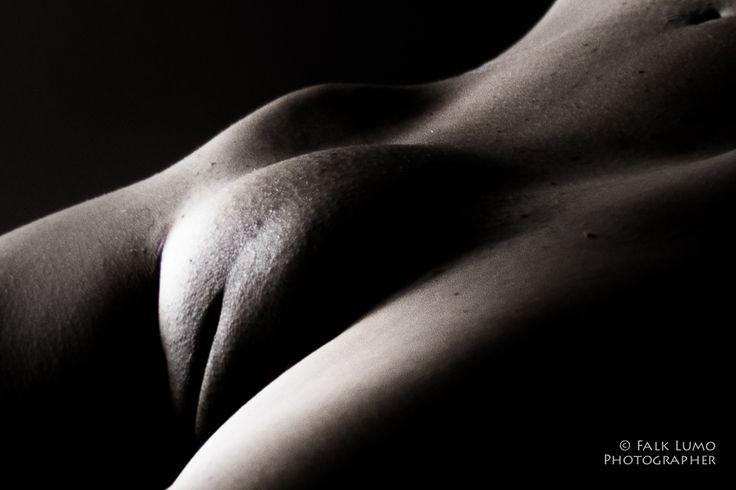 black girls nude butt