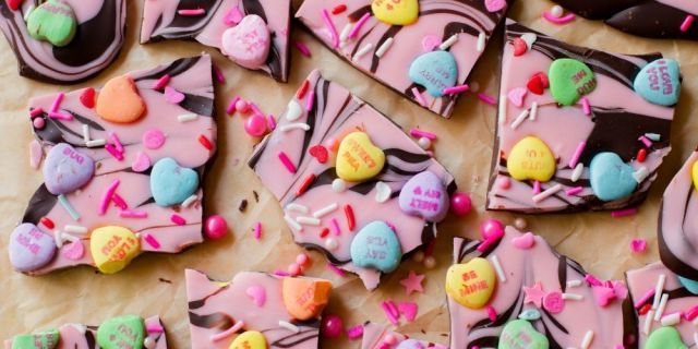 Candy heart bark recipe valentines cooking recipes for Valentines day party foods