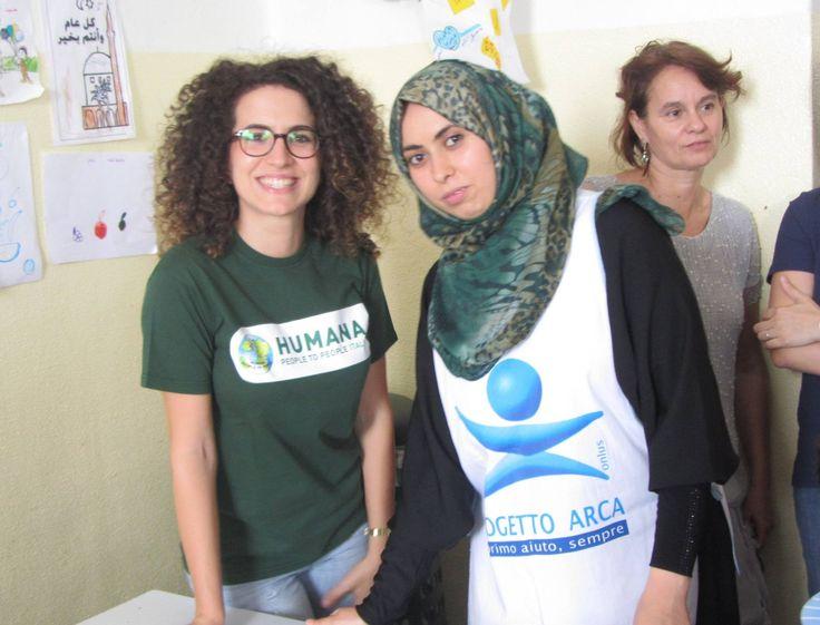 A Milano HUMANA, in collaborazione con Fondazione Progetto Arca Onlus, ha iniziato a distribuire i primi kit ad alcune donne profughe siriane, grazie alla Campagna #abitinelcuore #syria #humanaitalia