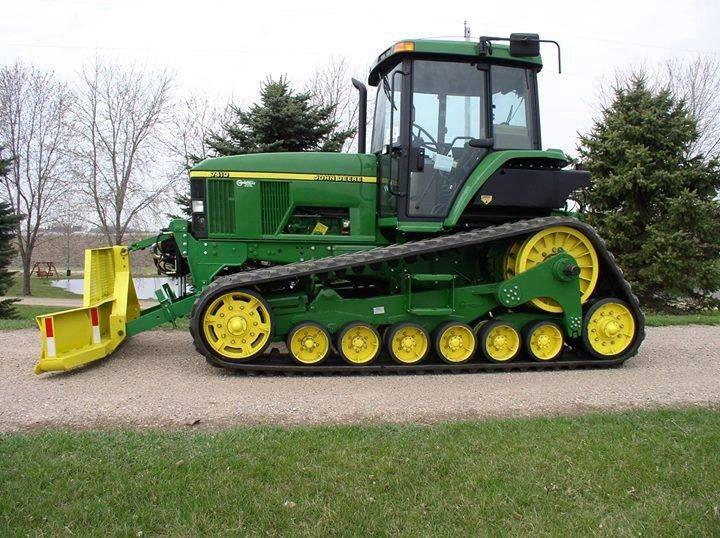 John Deere tractor dozer
