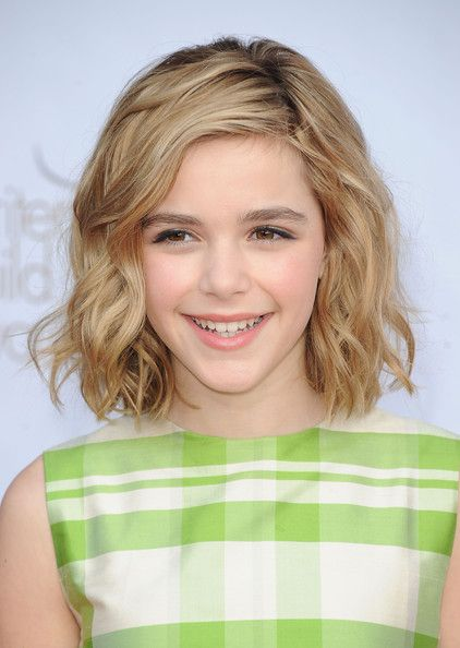 Gettting A's hair cut today this length in angled bob!  will look very cute when her hair is that length done curly like this