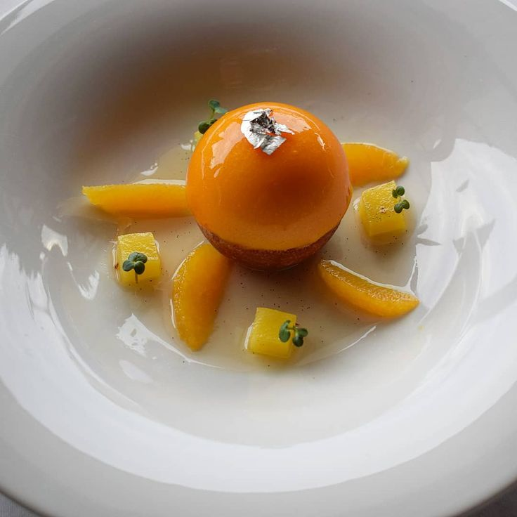 """573 """"Μου αρέσει!"""", 3 σχόλια - Argiris Papastavrou (@argiris_papastavrou) στο Instagram: """"Baba Au Rum Sphere ⚫ Mango&Orange ✨✨ #baba #babaaurhum #rum #orange #mango #Pastryelite #patisserie…"""""""