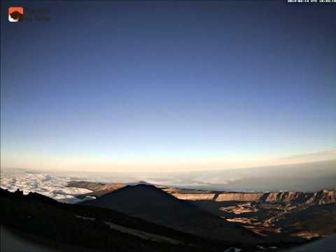 Sombra del Teide y Luna llena - 14 de febrero de 2014 - YouTube