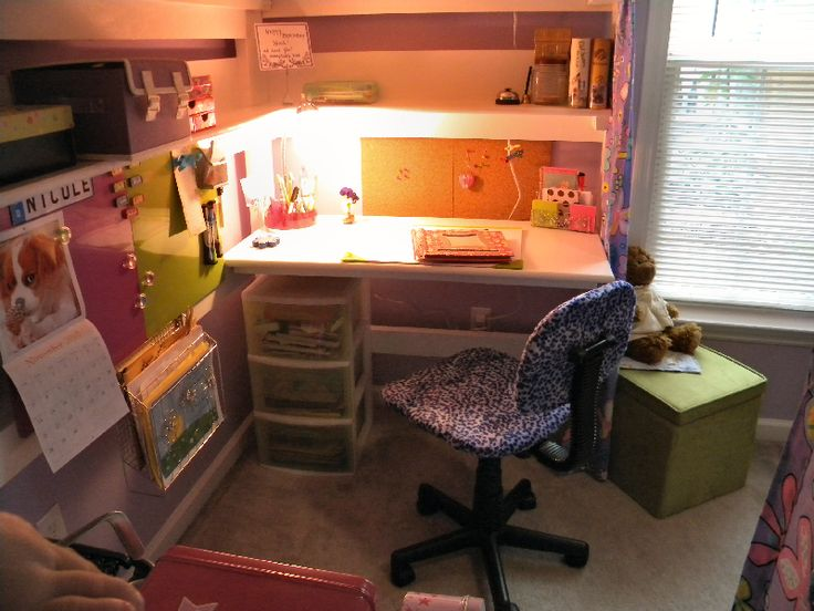 College Bed Lofts: College Bed Lofts: Nicoleu0027s Bedroom Makeover