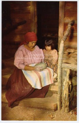 Cherokee Indian Making Pottery :: Craft Revival