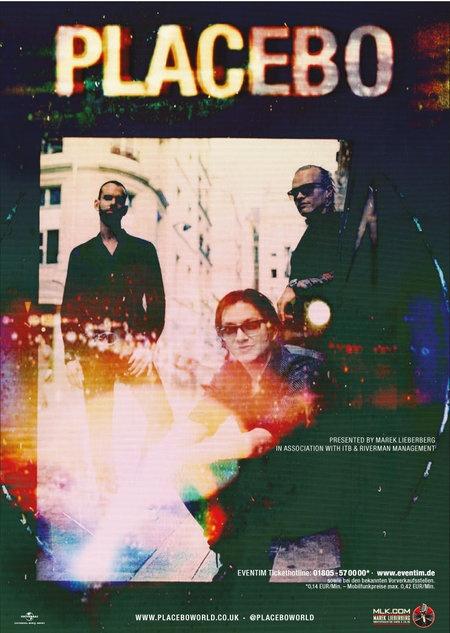 """Placebo gehören seit Ende der 90er zu den bedeutendsten und erfolgreichsten Rockbands der Welt. Neues Studioalbum """"Loud Like Love"""" erscheint am 13. September. Arena-Konzerte im November/Dezember in Leipzig, Köln, München, Frankfurt, Berlin und"""