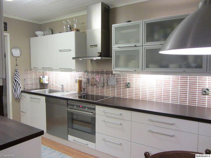moderni,alumiini,maitolasi,wenge,korkeakiilto valkoinen,keittiö,liesituuletin,keittiön välitila