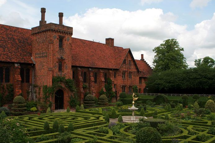 Built in c. 1485, the magnificent Old Palace at Hatfield, the childhood home of Queen Elizabeth 1.