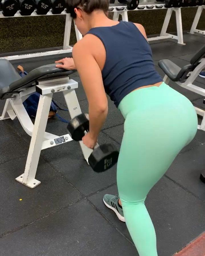 Ashley Madison Fitness On Instagram Back Bi S Learning To Push Myself More When It Comes To Back So Sp Ashley Madison Things To Come Madison