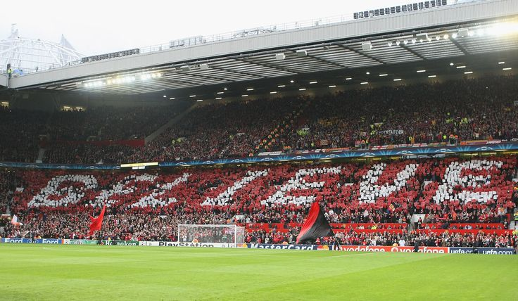 @manutd fans create a mosaic ahead of facing Barcelona at Old Trafford in 2008.