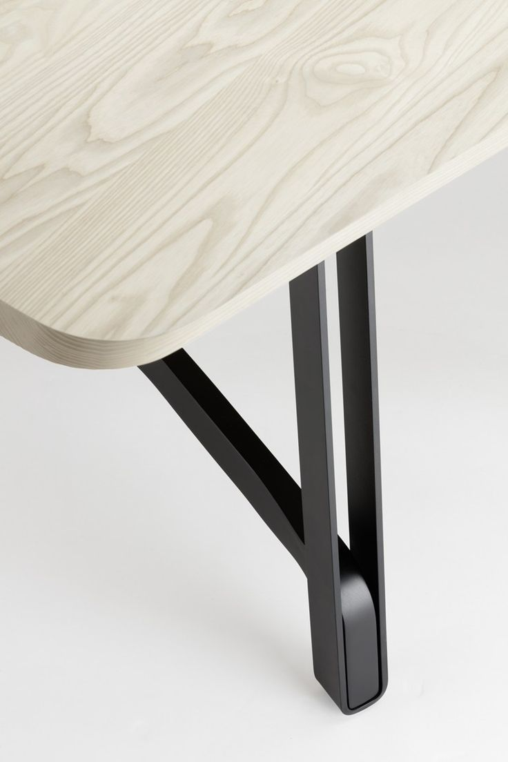 Dining table S 1092   Table by THONET