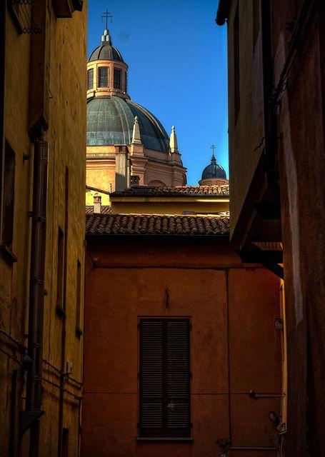 Bologna, Chiesa di Santa Maria della Vita