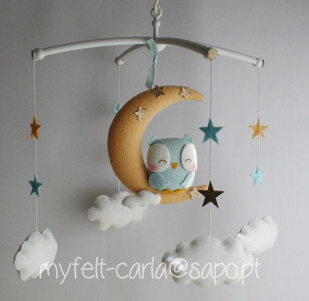 Handy+Baby-Eule+auf+dem+Mond,+Mobil+Wolken,+Sterne+von+Mobile+fürs+Babybett+auf+DaWanda.com