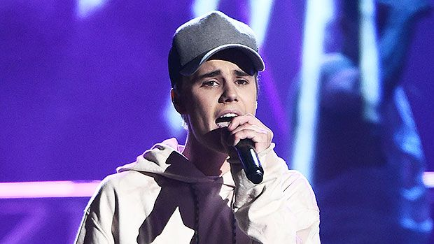 Justin Bieber Raps 'Real Slim Shady' For Lucky Fans At Stop Light — See Epic Video https://tmbw.news/justin-bieber-raps-real-slim-shady-for-lucky-fans-at-stop-light-see-epic-video  Will the Real Biebz please stand up?! Justin Bieber was captured happily rapping along to Eminem's classic track 'The Real Slim Shady' for fans while sitting in traffic and it's bound to make your day!Imagine you're caught in gridlock and daydreaming about being just about anywhere else when out of nowhere your…