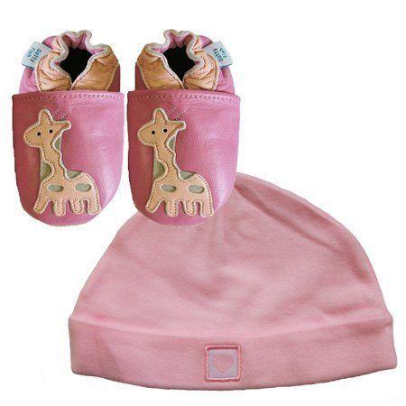 Dotty Fish Nouveau cuir souple chaussures de bébé girafe et cadeau rose Hat Set Newborn / 0-6mois (0-6mois) Dotty Fish, http://www.amazon.fr/dp/B00D4326HA/ref=cm_sw_r_pi_dp_kcUesb15E2DFM