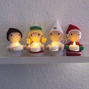 Hej! När jag släppte detta mönster förra året blev det en riktig hit vilket jag tycker är så kul! Därför tänkte jag passande nog (även ute i god tid) presentera dessa ljushållare i jul-skrud. Hoppa…