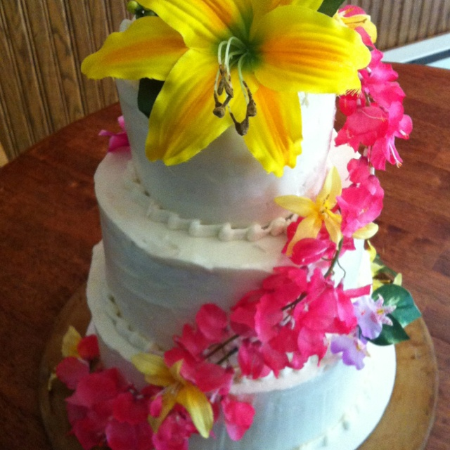 Hawaiian Themed Wedding Cake