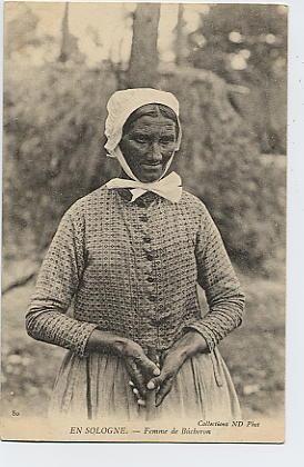 En Sologne : Femme de Bûcheron