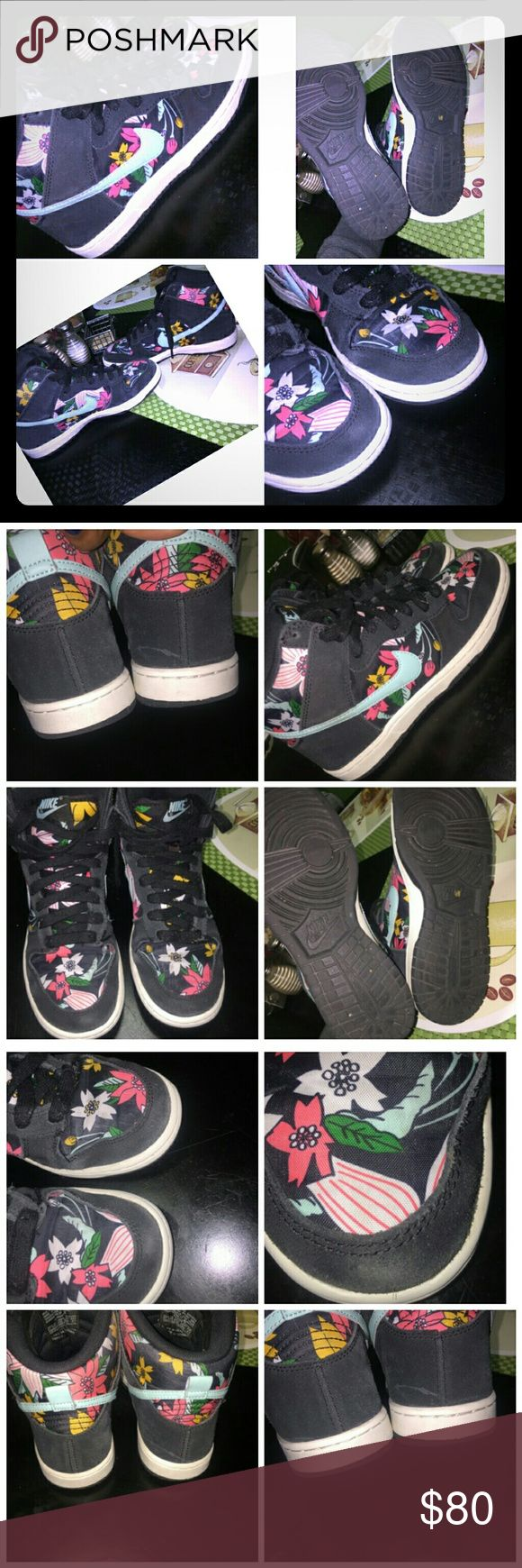 worn floral nike sneakers worn floral nike sneakers size 6 super cool and comfortable