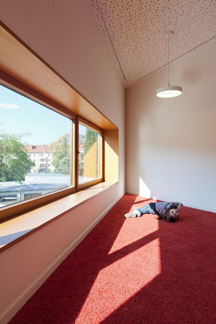 Maria-Montessori-Grundschule in Berlin, Kersten + Kopp Architekten, Foto: Werner Huthmacher
